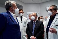 """Emiliano inaugura il secondo angiografo e la nuova tac all'ospedale """"Bonomo"""" di Andria"""
