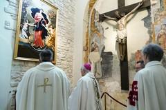 """La Cattedrale di Andria gremita di fedeli per venerare la """"Madonna che scioglie i nodi"""""""
