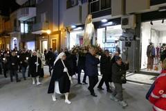Lunga processione di fedeli per la 28^ giornata del Malato