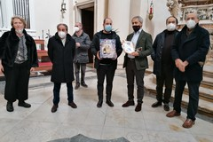 Il Rotary consegna confezioni natalizie  a parrocchie per famiglie povere di Andria