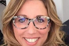 """Paola Albo e l'Associazione Culturale """"IDEAMO"""" impegnati nella Giornata della donazione del materiale scolastico"""