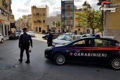 """Perquisizioni """"a tappeto"""": ad Andria due arresti, denunce e stupefacenti sequestrati"""