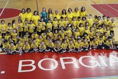 """Il 3° Circolo """"Cotugno"""" partecipa alla Festa dello Sport presso il PalaDisfida di Barletta"""