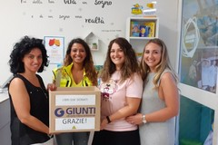 """Primi 60 libri donati e consegnati ad Andria per l'iniziativa """"Regalaci un libro, regalaci un sorriso"""""""
