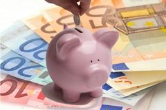 """Convegno su """"Il risparmio tradito: come difendersi da banche, assicurazioni e sindacati"""""""