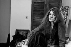 Cultura in Officina, rivivono la storia e le musiche di Janis Joplin