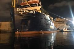 Sea Watch, flash mob del Coordinamento per i diritti della Bat