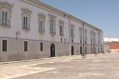 Chiesa del Carmine: dialogo filosofico sulla storia e la città