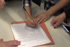Niente mensa ed assistenza specialistica: i docenti firmano un documento da presentare a Giorgino