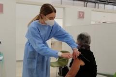 """Nuovi obiettivi alle Asl: """"Completare la vaccinazione dei più fragili verificando i casi uno per uno"""""""