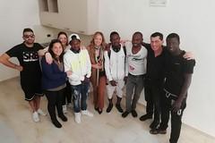 Don Geremia Acri e i giovani della Casa Accoglienza S. Maria Goretti aprono il 3° Happening del Volontariato