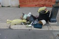 Chi ha scambiato il centro città per una discarica?