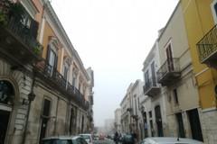 Andria si sveglia sotto la nebbia