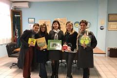 """Associazione IdeAmo e libreria """"La Penna delle Storie"""" donano libri all'I.C. """"Imbriani-Salvemini"""""""