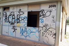 Andria: ecco le condizioni di degrado ed incuria in cui versa il parco Giovanni Paolo II