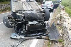 """Auto si schianta contro un muretto a secco, 75enne trasferito in codice rosso al """"Bonomo"""""""
