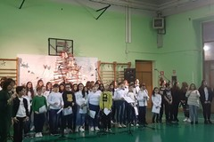 """""""Natale…insieme"""": cori e spettacoli alla scuola """"Vaccina"""""""