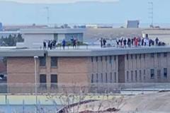 Caos nel carcere di Trani, chiuso d'urgenza un tratto dell'Andria-Trani