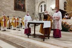 Messa Crismale nella Cattedrale di Andria, l'omelia del vescovo Mons. Luigi Mansi