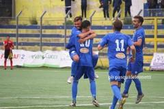 Bolognese e Monaco fanno correre la Fidelis Andria: successo per 0-2 a Gravina