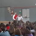 """Al Liceo Classico """"CarloTroya"""" presentazione del corso Wingtsun"""