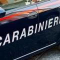 Getta dal balcone sostanza stupefacente: arrestato dai Carabinieri di Andria