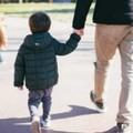 Coronavirus, passeggiate con minori solo con un genitore ed in prossimità della propria abitazione