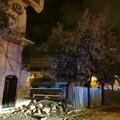 Crollo di via Pisani: divieti alla circolazione per la rimozione delle macerie