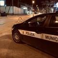 Pesante alterco contro due agenti di P.M.: la loro colpa aver multato due giovani, per giunta senza mascherina