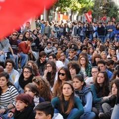 Studenti andriesi in piazza: questa sera sit-in