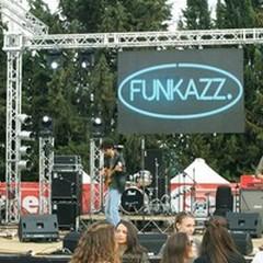 Il coraggio giovanile di mettersi in gioco, i Funkazz