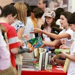 Il profumo delle viole che allontana i ragazzi dalla lettura
