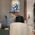 Don Gianni Vescovo, gli auguri della politica