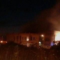 """Incendio in un capannone industriale sulla provinciale  """"Andria-Trani """""""