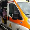 Bimbo rimane ferito all'uscita da scuola: è accaduto in via Da Villa