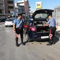 Incappa in un posto di blocco dei carabinieri con dosi di cocaina. Arrestato durante dei controlli