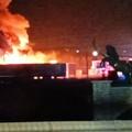 Incendio in un autoparco su via Canosa: ingenti i danni
