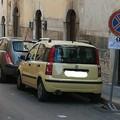 Fioccano multe in via Romagnosi: ma in realtà sono solo inviti a spostare le auto