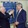 Cambio al vertice del Rotary Andria Castelli Svevi: Pietro Marmo lascia il testimone ad Andrea Leone