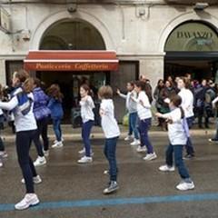 Un flash-mob per la solidarietà tra le generazioni