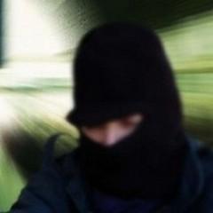 Rapina all'ufficio postale di via Padre Savarese ad Andria, entra armato di taglierino