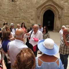 Castel del Monte: spente le polemiche si guardano i numeri