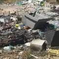 Uno spettacolo triste e indecente: contrada Lama di Carro ancora invasa dai rifiuti