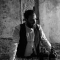 """A Bari le  """"Conversazioni liquide """" dell'andriese Tommaso Scamarcio"""