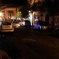 Via De Gasperi: strada chiusa, auto a spasso