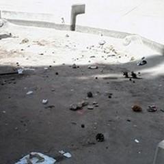 Stessa spiaggia, stesso mare: nuovo raid di sporcizia in Villa Comunale
