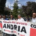 Bat, formatori da gennaio senza stipendio: assemblea davanti al Comune di Andria