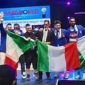 Mario Piccininno e la sua squadra sul podio del Campionato Mondiale di Parigi