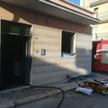 Camera da letto prende fuoco in via Forlanini, donna di 95 anni salvata dai vicini