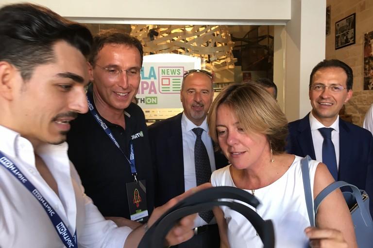 """Vaccini, ministro Lorenzin a Bisceglie per Digithon 2017: """"Lista dei 12 vaccini resta"""""""